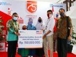 Walikota Ramlan Nurmatias serahkan beasiswa