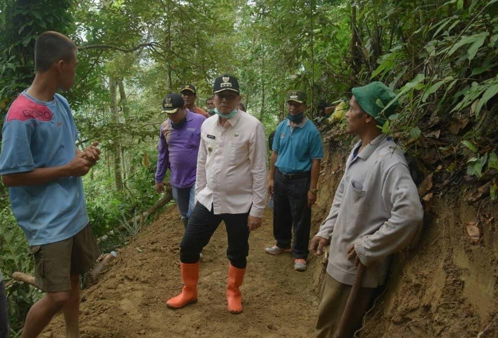 Warga Dusun Talang Tului Goro