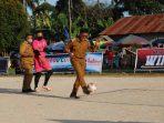 Sepakan Erwin Yunaz Buka Mengkudu Futsal Cup VIII