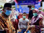 Vaksinasi Covid-19 Targetkan 700 Ribu Warga Kota Padang, Wako Hendri Septa:  Semoga Virus Korona Segera Berakhir