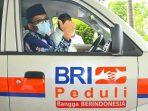 Bank Rakyat Indonesia (BRI) Wilayah Padang serahkan bantuan satu unit ambulans bantuan program Corporate Social Responsibility (CSR) untuk pemerintah kota setempat.