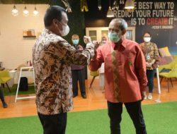 Genius Umar Kagum dan Terinspirasi Budaya Kerja Di Antara Digital Media