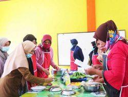Bangkit Dimasa Pandemi, Disperindagkop dan UKM Gelar Pelatihan Diversifikasi Makanan Olahan