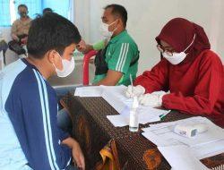 Ikuti Vaksinasi Covid-19, Ratusan Pelajar SLTP Bentengi Diri Dari Virus Korona