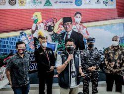 Menteri Sandi Ajak Wisatawan PON Papua Beli Suvenir Ekraf dari 'Pace' dan 'Mace'