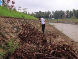 Peringati World Cleanup Day, Payakumbuh Lakukan Aksi Bersih Sungai Batang Agam