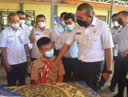 Wagub Audy Tinjau Vaksinasi di SMA Negeri 3 Batusangkar