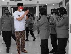 Walikota Bukittinggi Angkat Nilai Keluhuran Pakaian Khas Minangkabau